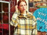 〈大きなサイズの婦人服 L-スタイル〉改装前の売りつくしセール