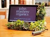 〈ジョンマスターオーガニック〉スキャルプスコープで頭皮チェック