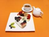 〈カフェコムサ〉小倉井筒屋店 1周年記念アニバーサリープレートセット